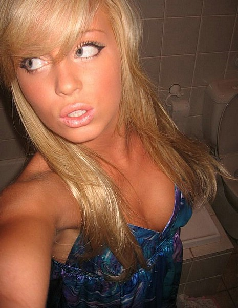 (I', in love with the last amateur girlfriend) Vicky. non nude girlfriends